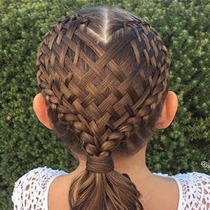 mum-braids-intricate-hairstyles-shelley-gifford-thumb