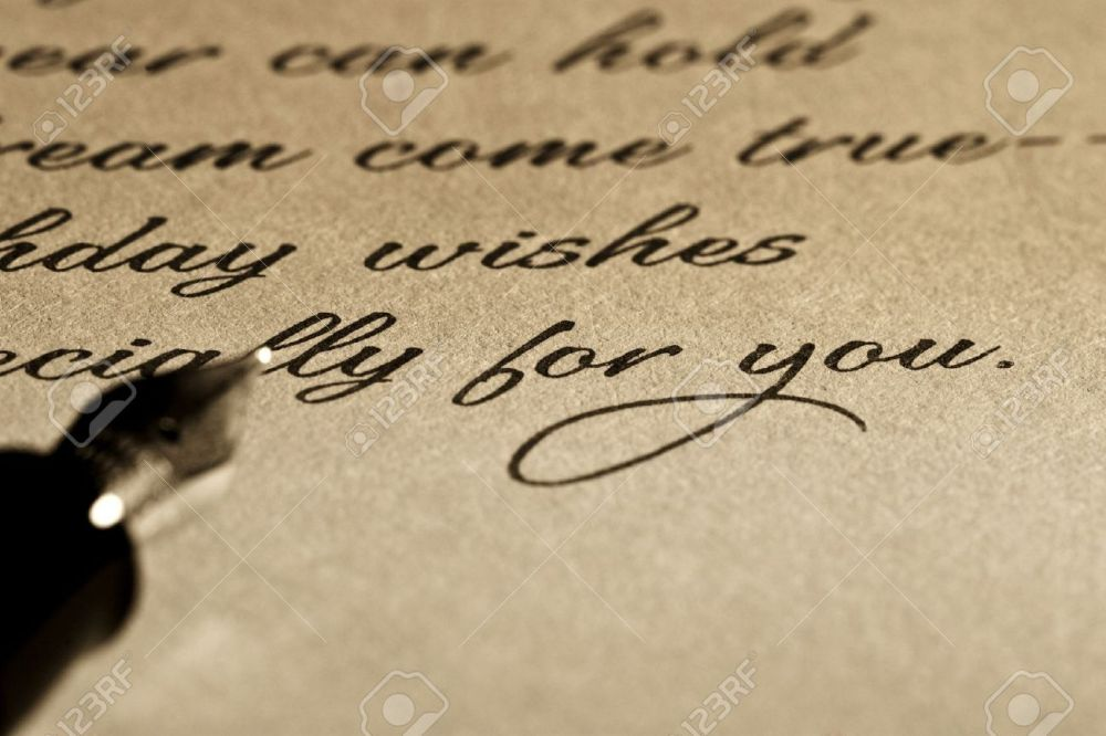 10130935-fountain-pen-over-old-letter-stock-photo-writing