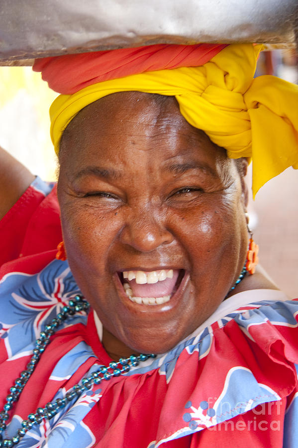 palenquera-in-cartagena-colombia-david-smith