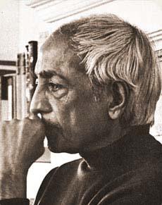 Jiddu-Krishnamurti-16