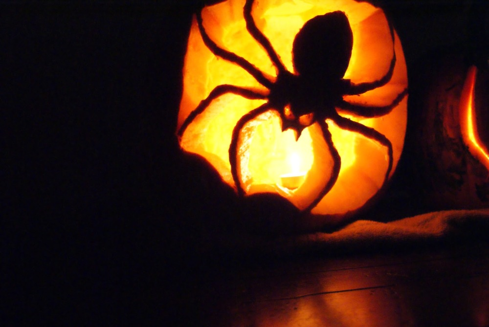 decorating-ideas-great-picture-of-kid-lighted-spider-pumpkin-carving-for-kid-halloween-decoration-ideas-interesting-pictures-of-decorative-spider-pumpkin-carving