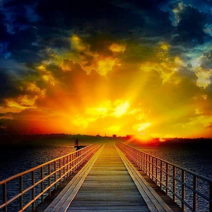 f0f55bbd9bdf21324814dd745906aa64--beautiful-sunrise-amazing-nature
