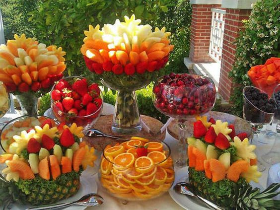 Fragrant-And-Fabulous-Fruit-Arrangement-Ideas-12