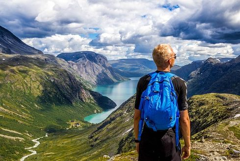 backpacking-hiking-e1521494726465