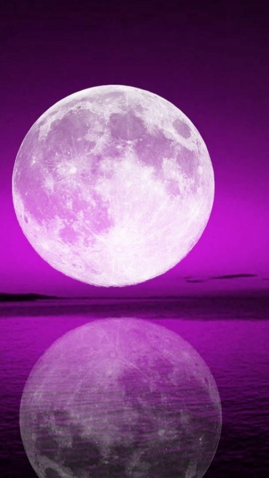 full-moon-reflection-540x960