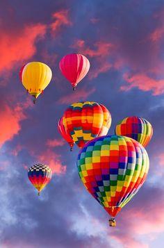200aec8056b1fe4fc1a5ed15679339a1--photo-balloons-hot-air-balloons