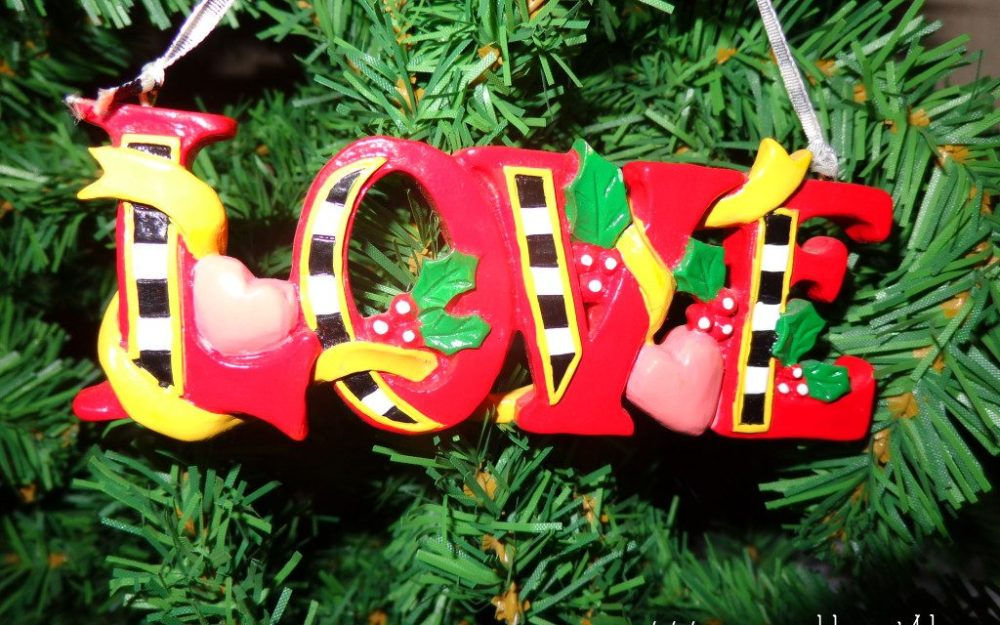 Christmas-love-1024x768-1024x640