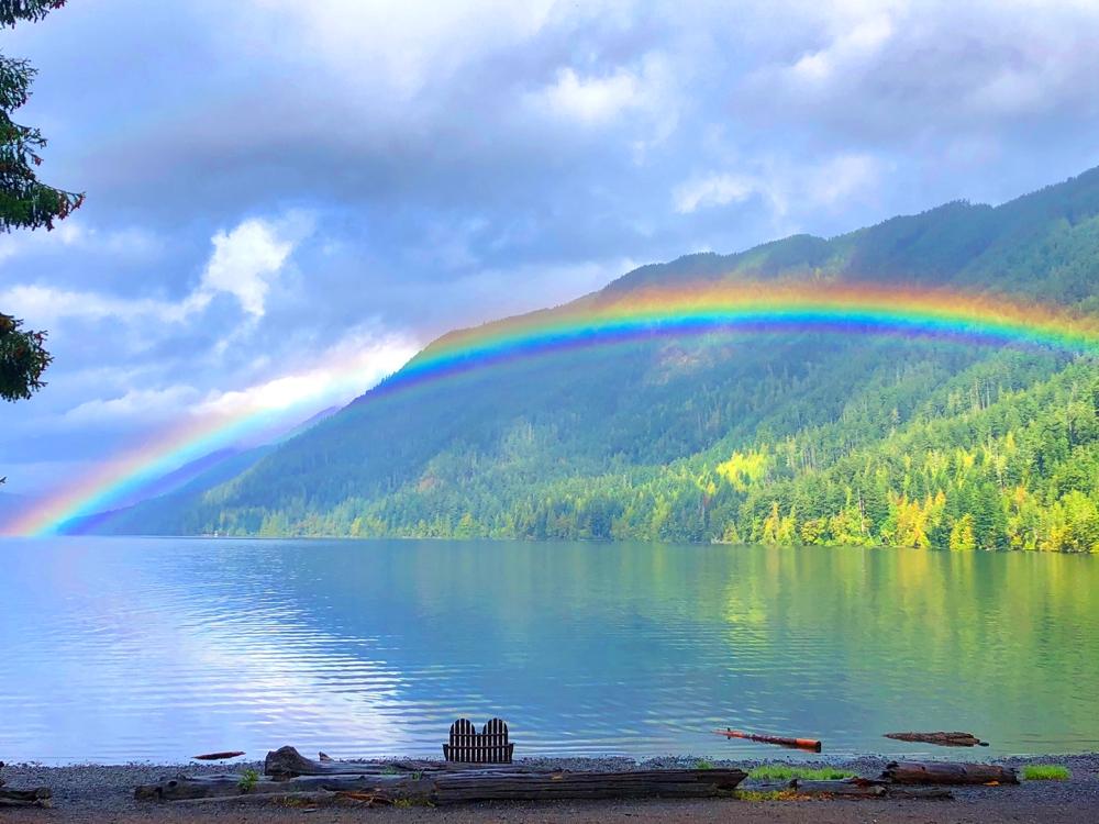 Rainbow-Cresent-Lake
