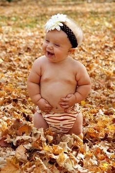 271d78ebddfe59533bb079312633c33e--fall-baby-photos-baby-shop